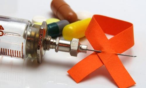 Чи можна за допомогою медикаментів повністю вилікувати СНІД?