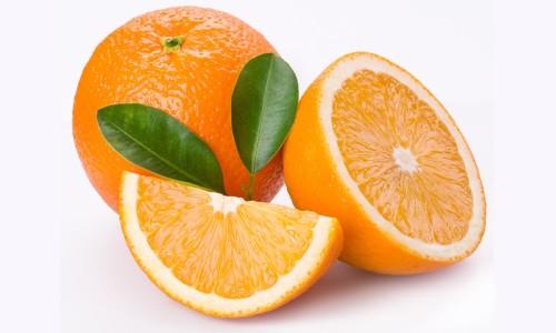 Скільки вітаміну С міститься в апельсині?