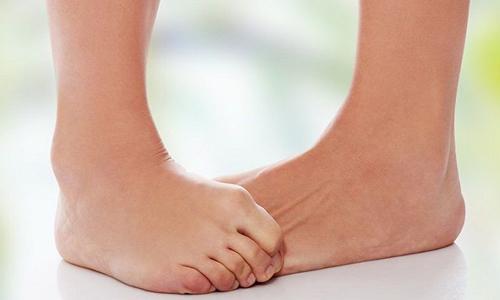 Якщо турбує врослий ніготь на великому пальці ноги лікування