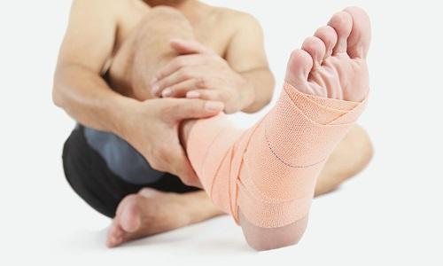 Характерні прояви та лікування невриту стопи