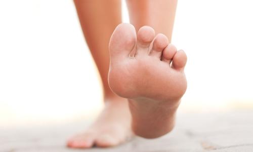 Запалення сухожиль стопи: нюанси лікування народними засобами