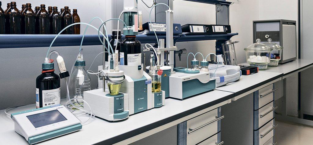 Лабораторное оборудование: выбираем устройства для оснащения медцентров